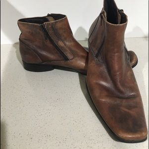 Men's Kenneth Cole brown boots